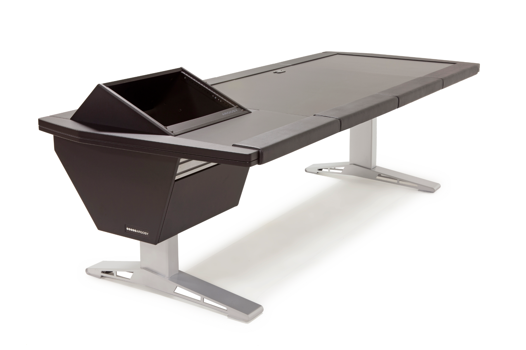"""Eclipse Universal With 70"""" Desk and 1 Rack Module"""
